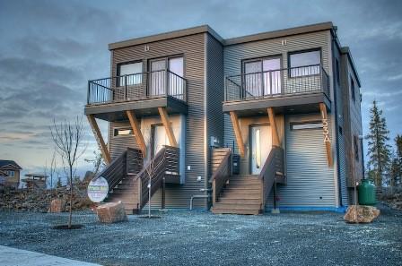 Проект: Дачный дом с террасой, 5,5х8 63 м2 – цена
